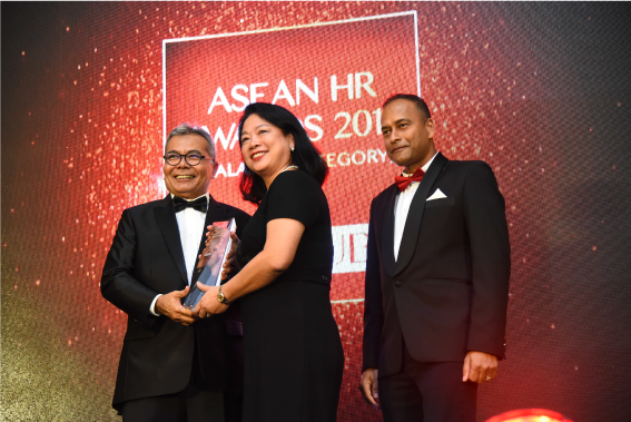 Airasia Berhad received Recognition For Workplace Childcare for Employees in Asean HR Awards